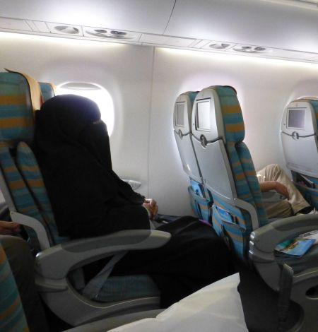 Burka to port, a common sight when flying in the Gulf.