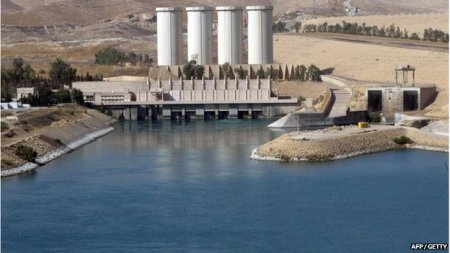 The Mosul dam provides water and electricity to 1.7 million people.